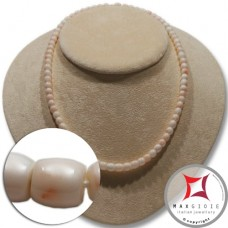 Extra Pinkish White Coral Necklace barrels 5-7mm graduated in Gold 18K