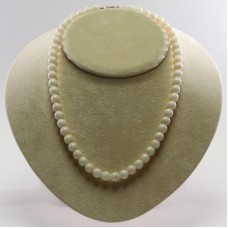 Extra White Coral Necklace 8mm in Gold 18K