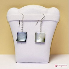 Mother of Pearl Earrings monopendant in Silver