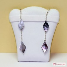 Two Rhombus Mother of Pearl Earrings and little chain in Silver