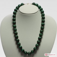 Extra Malachite Necklace 14mm round in Gold 18K
