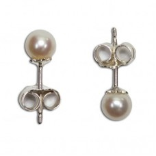 Pearl Earrings 5-5½mm in Silver