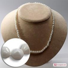 Collana Corallo bianco Extra sassi piccoli 5½mm in Oro 18K