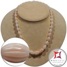 Collana Corallo bianco rosato Extra oliva rigata graduata 9-15mm in Oro 18K